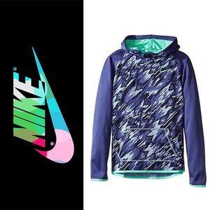NWT Girls Nike Therma Dri Fit Hoodie in Purple